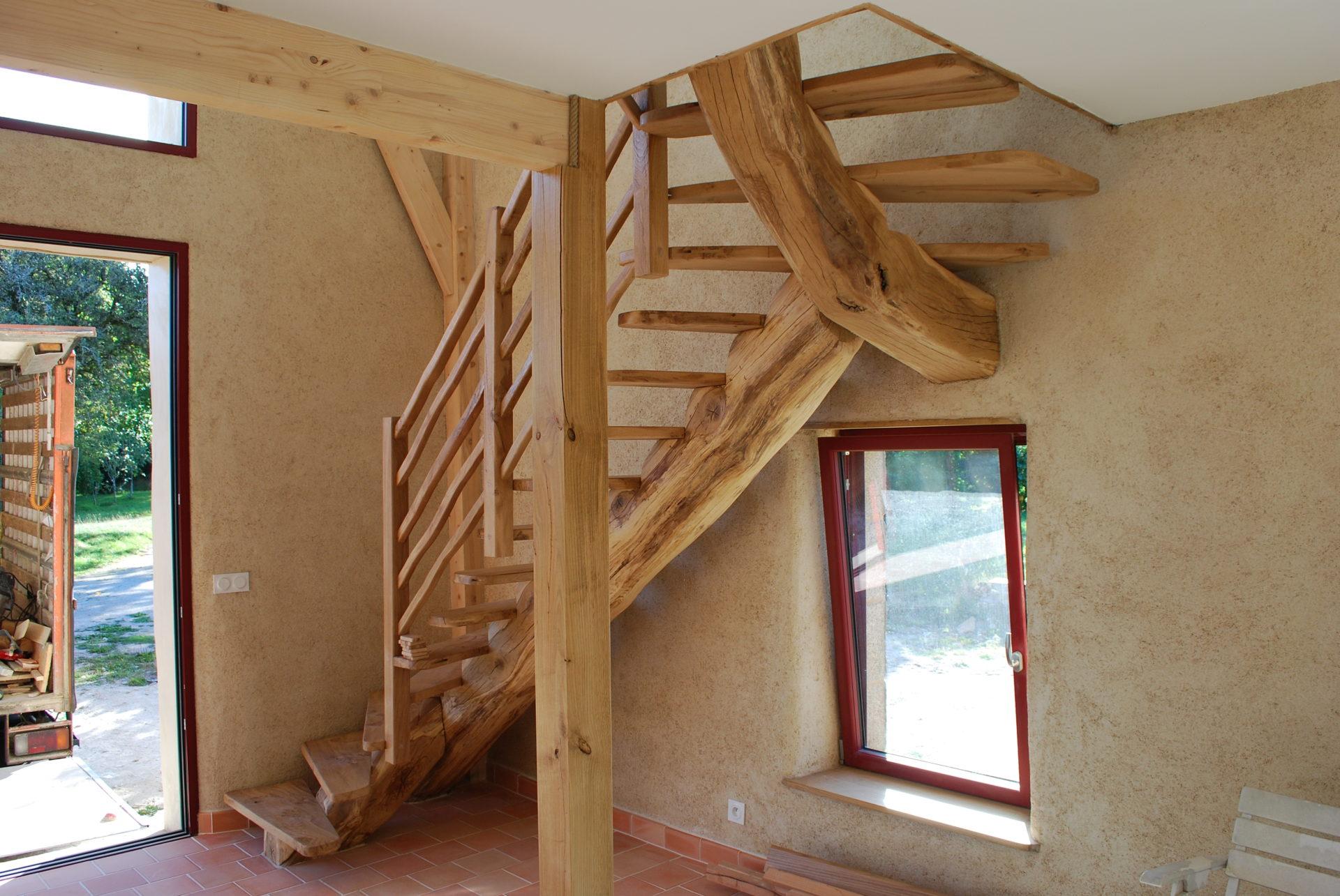 Escalier Bois Entre Deux Murs fabrication et pose d'un escalier assez atypique - terre
